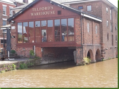011  Telford's Warehouse overhanging the water