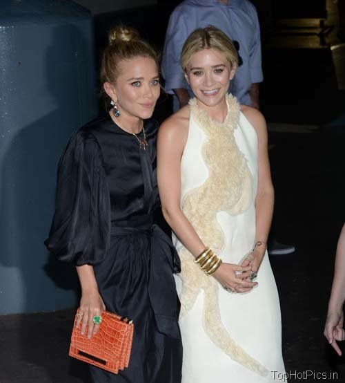 Hot Olsen Sisters in Backless Dress Pics 1