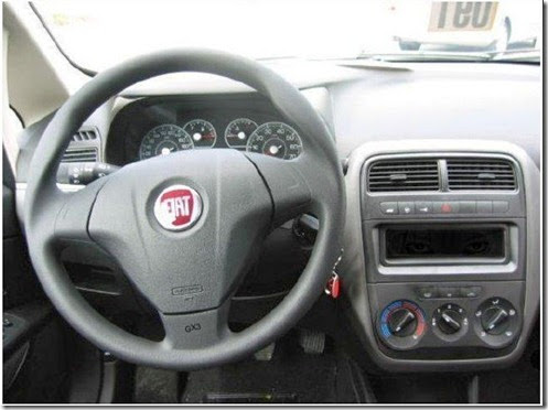 fiat-grande-punto-interior-when-you-see-it-you-ll-shit-brix-in-your-fiat-25aa7c