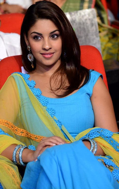 [Richa_Gangopadhyay_cute_stills%255B3%255D.jpg]