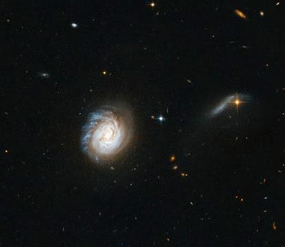 galáxia MCG-03-04-014
