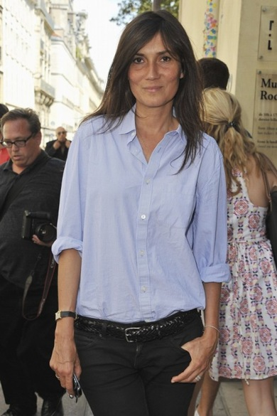Emmanuelle_Alt_Summer_Chic_chambray_shirt