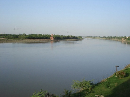 Yamuna_River_INDIA