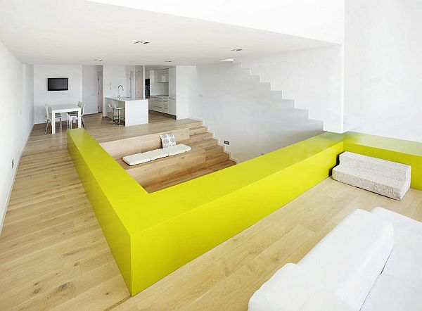 minimalist-6step-house-interior-white-lime.jpg