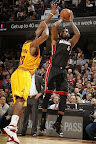 lebron james nba 131127 mia at cle 08 LBJ Wears Away 11s and... Goes Back to Elite 10s, Again!