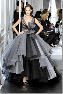 Dior-Couture-2012-Runway (36)