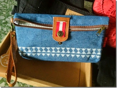 Chambray blue pouch with tribal print
