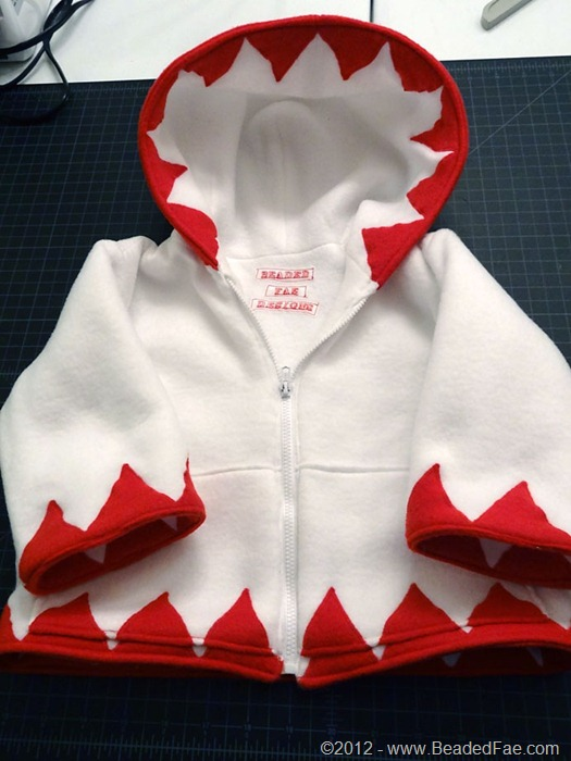Baby White Mage Hoodie (3)