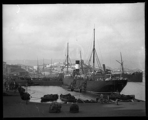 Vapor VALLE. Aguilas c 1903. Foto Gustavo Gillman Bover. Archivo General region de Murcia.jpg