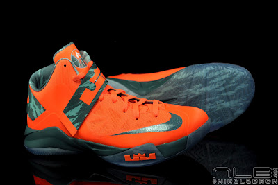 lebrons soldier6 orange camo 46 web black The Showcase: Nike Zoom Soldier VI Orange & Hasta Camo