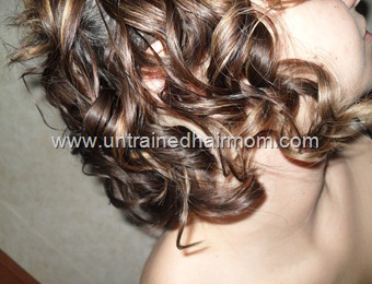 short hairstyle curls