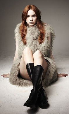 A photo of Karen Gillan. Just because.