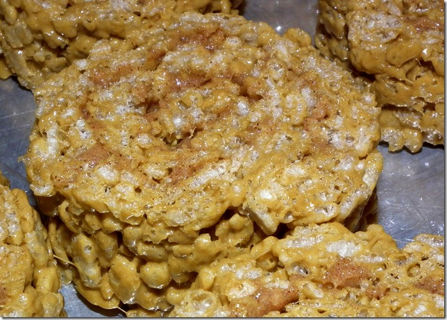 Ready to frost Cinnamon Roll Rice Krispies