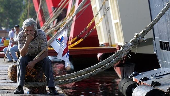 Απεργεί η ΠΝΟ. Δεμένα τα πλοία από τη Δευτέρα