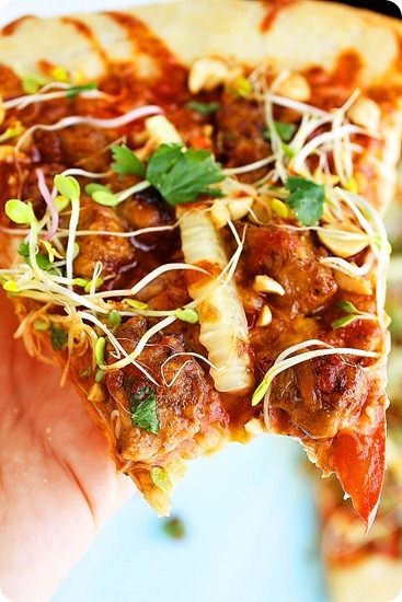 Thai Chicken Pizza – Fun, flavorful Thai pizza with easy to find ingredients and savory spicy-sweet flavors! | thecomfortofcooking.com