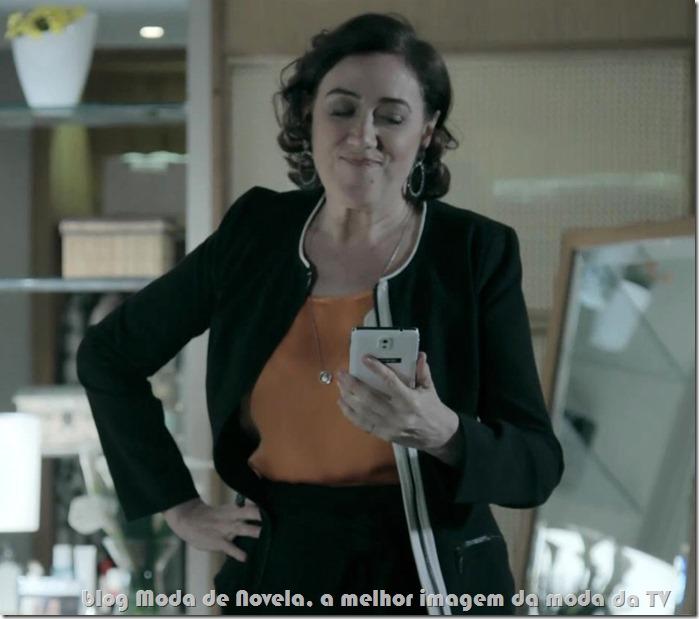 moda da novela império - celular da maria marta capítulo 10 de outubro de 2014