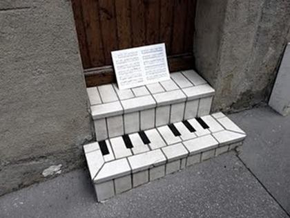 oak-oak_piano-bar_Jul11_1_u_1000