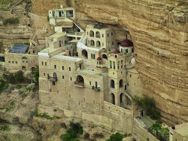 monastery-wadi-qelt-4