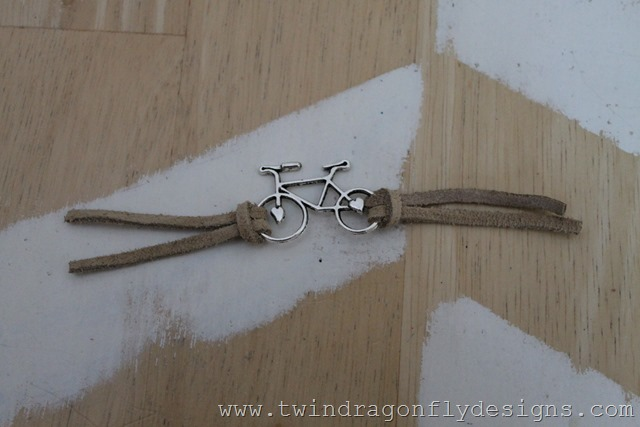 Bike Bracelet Tutorial (4)