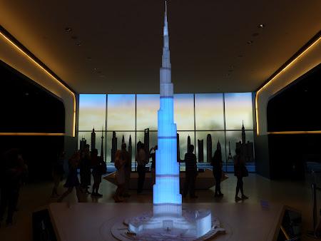 5. Intrare Burj Khalifa.JPG