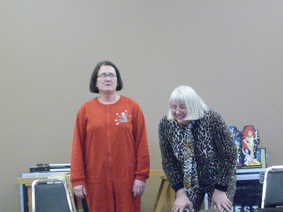 Tina Rohde and Colleen Shaskin with the Wonder Weavers