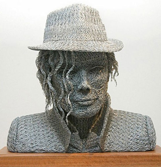Chicken Wire Art by a British-born artist Ivan Lovatt