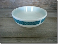 pyrex grecian bluegrass tableware