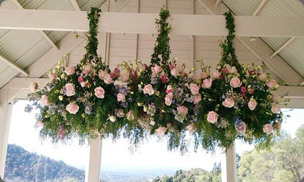 hanging flowers 996932_649765278368361_333984865_n mondo floral design