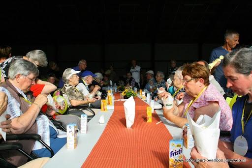 rolstoeldriedaagse dag 1  overloon 05 juli  2011 (33).JPG