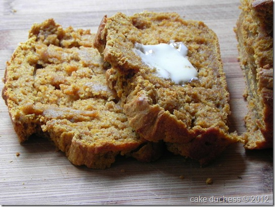 browned-butter-pumpkin-beer-bread-3
