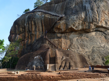 Imagini Sri Lanka: ghearele de leu de la Sigiriya
