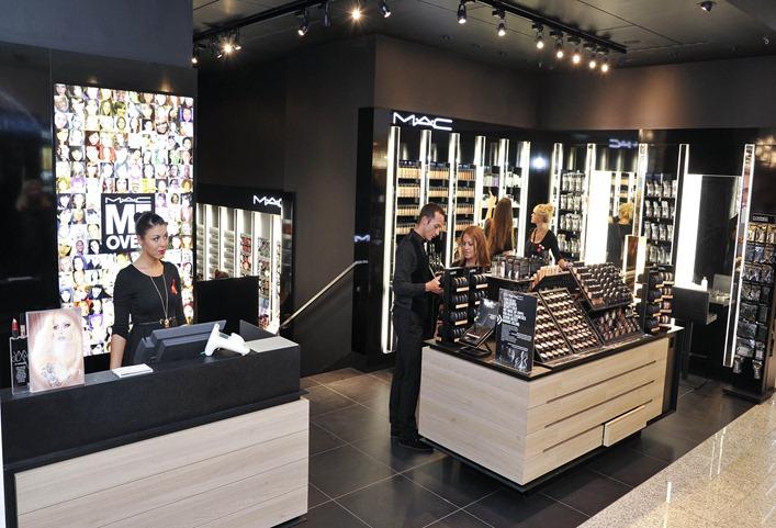 Eröffnung der Breuninger Beauty Welt in Stuttgart am 28.09.2011