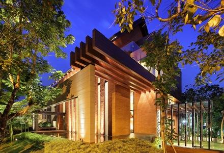 casa-vigas-de-madera-estructuras-de-madera-construccion-casa