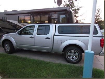 2012 nissan frontier with topper