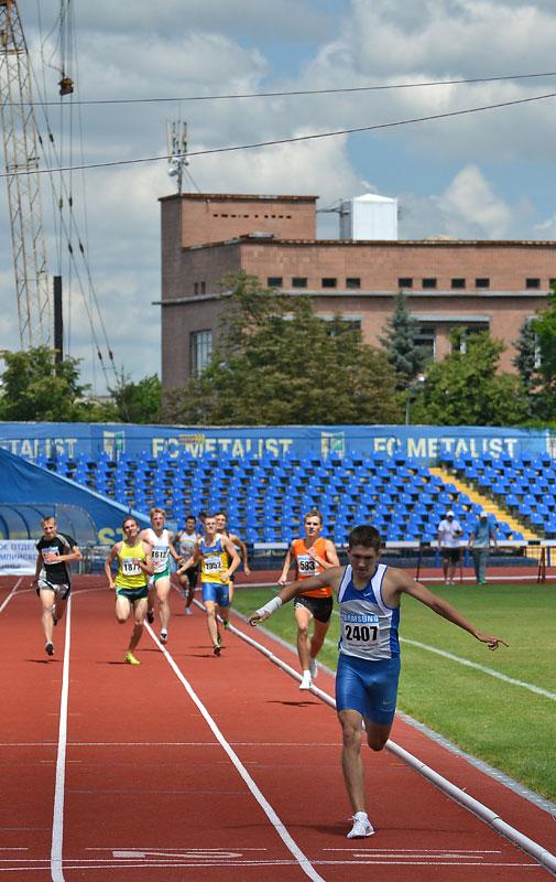 Полиатлон - Фотографии. Бег на 800 м Кубок Украины 2012. Легкая ...