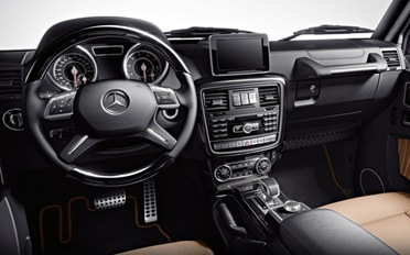 2013-Mercedes-Benz-G63-AMG-interior-dashboard