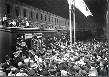 1911 Marinheiros partem para o o Norte para combaterem Monárquicos