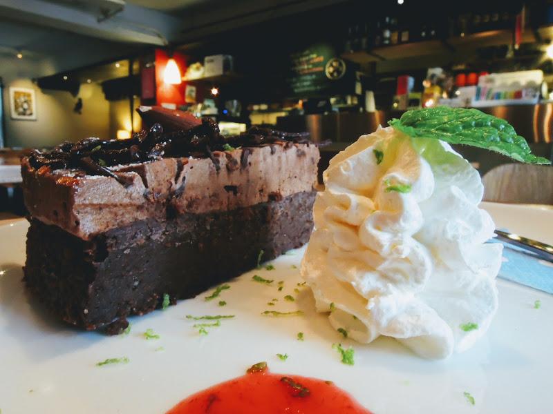 學校咖啡館 EcoleCafe' 蛋糕.jpg