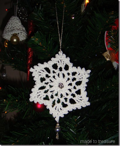 snowflakes ornament 1