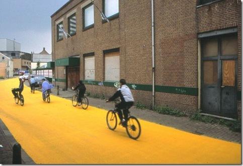 Florentijn Hofman (Yellow Street) 2