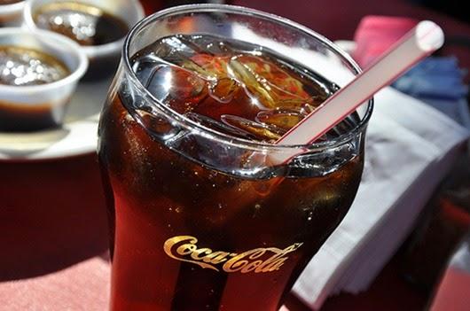 1349636446_coca-cola-koka-kola-kola-pit-led-favim.ru-36159
