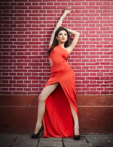Fotomodel IGO Ayu Aulia Seksi Hot