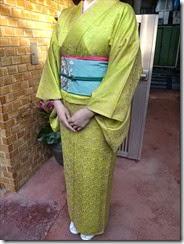 素敵な色留袖を着付けに (2)