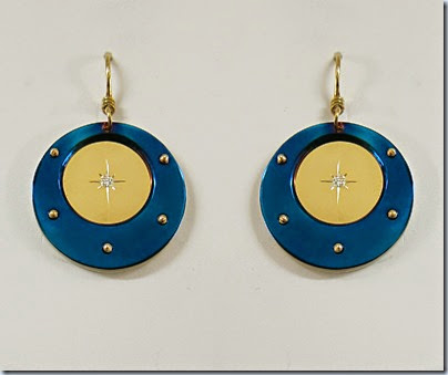 Roung-Titanium-gold-diamon-silver-earrings