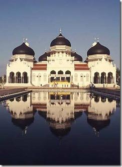 135807_masjid-baiturrahman