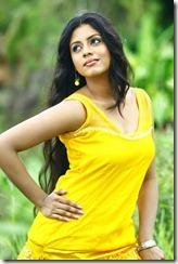 Tamil_actress_Iniya