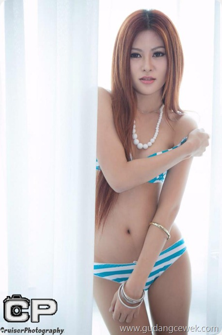 Foto Model Malaysia Berpose Bugil di Kamar || gudangcewek.com