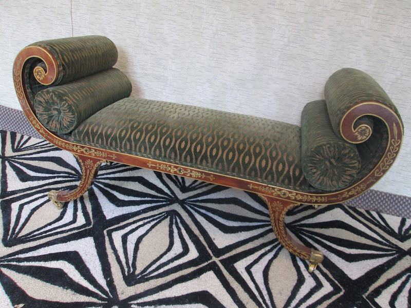 Scroll Settee 