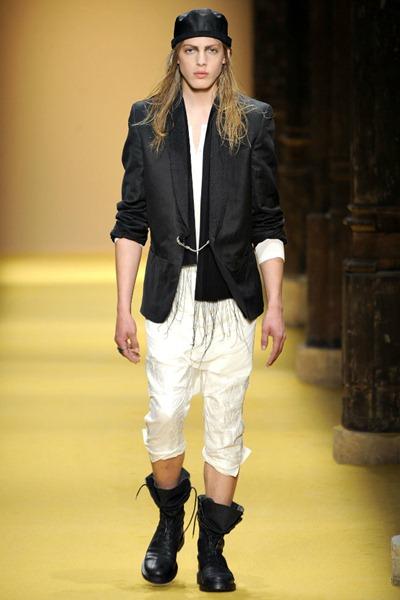 Paris Fashion Week Primavera 2012 - Ann Demeulemeester