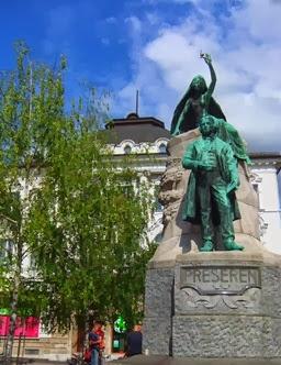 monumento a France Prešeren en Ljubljana